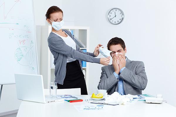 Coronavirus, il contagio sul lavoro è considerato infortunio